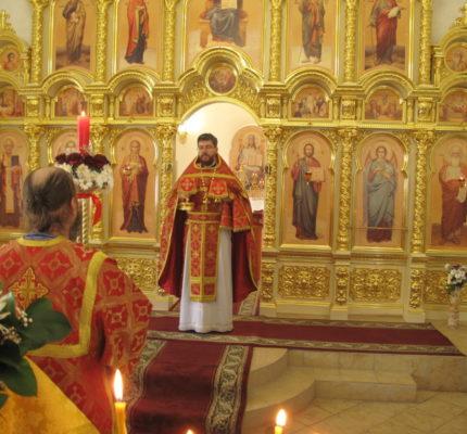 Праздничные богослужения на Антипасху